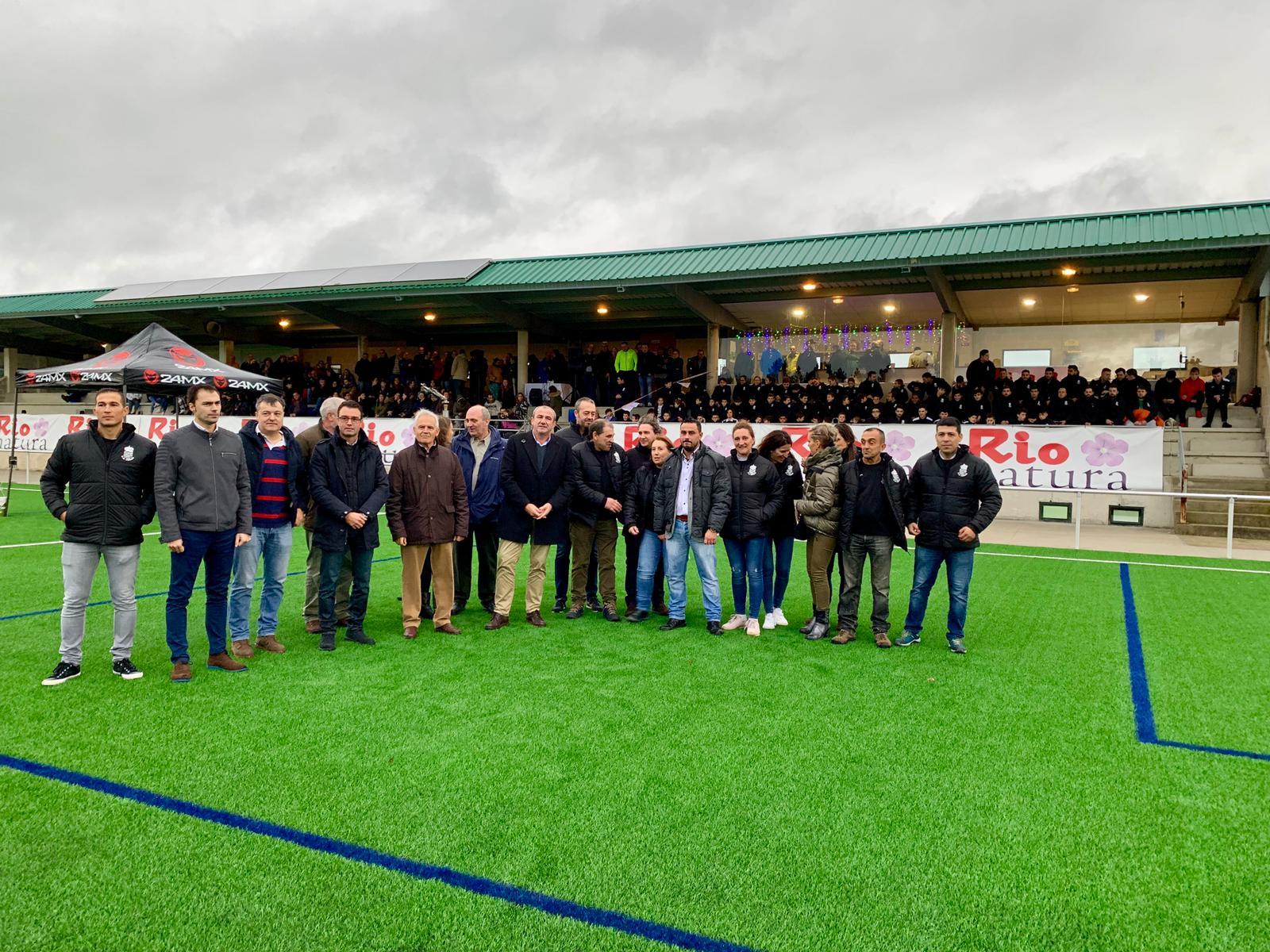 Máis de 90 futbolistas do Corgo desfrutan dun campo de fútbol totalmente renovado grazas a Deputación