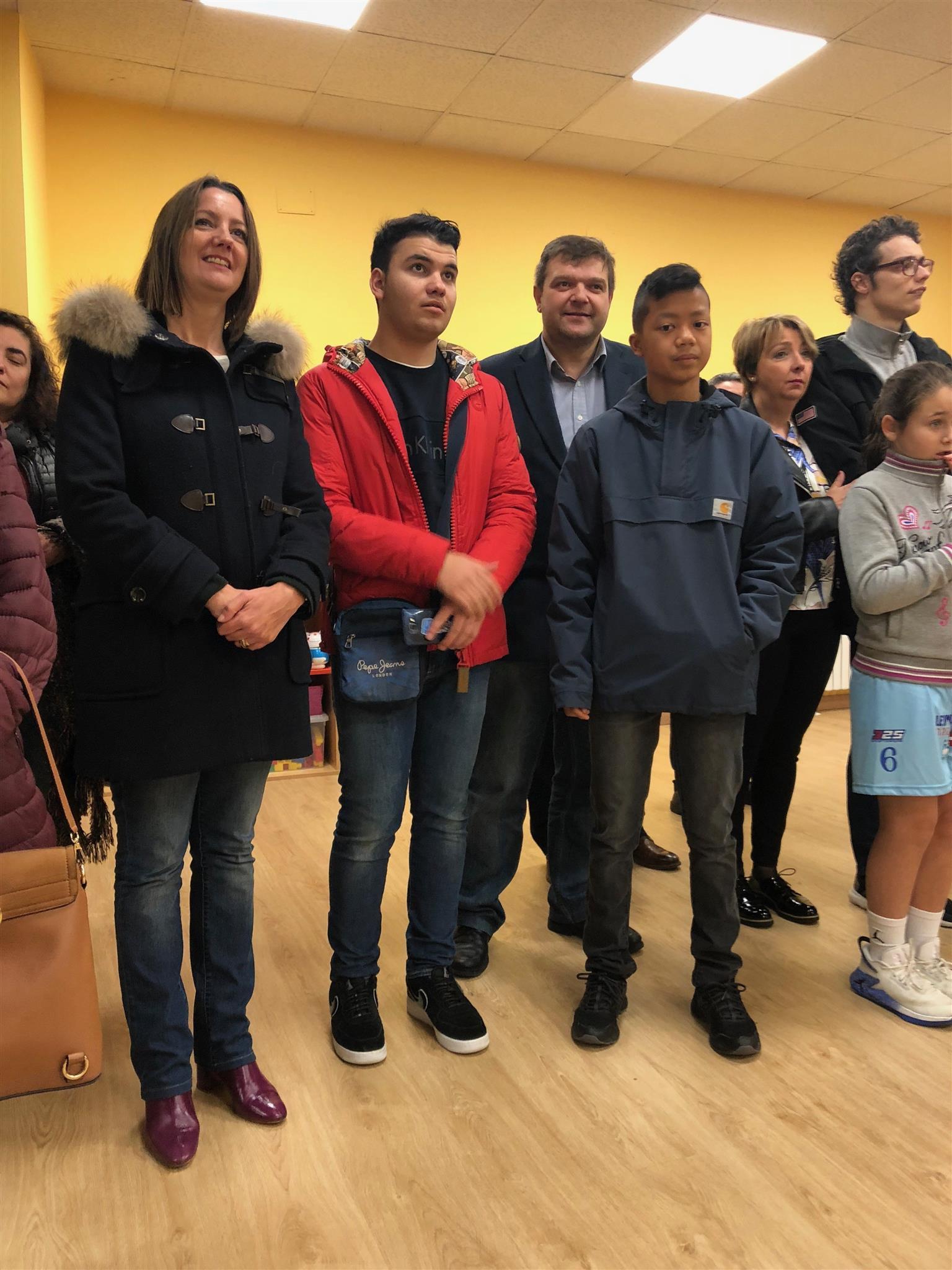 O Goberno da Deputación achegou nos últimos 3 anos 170.000 euros a Raiolas, que estrea novo local