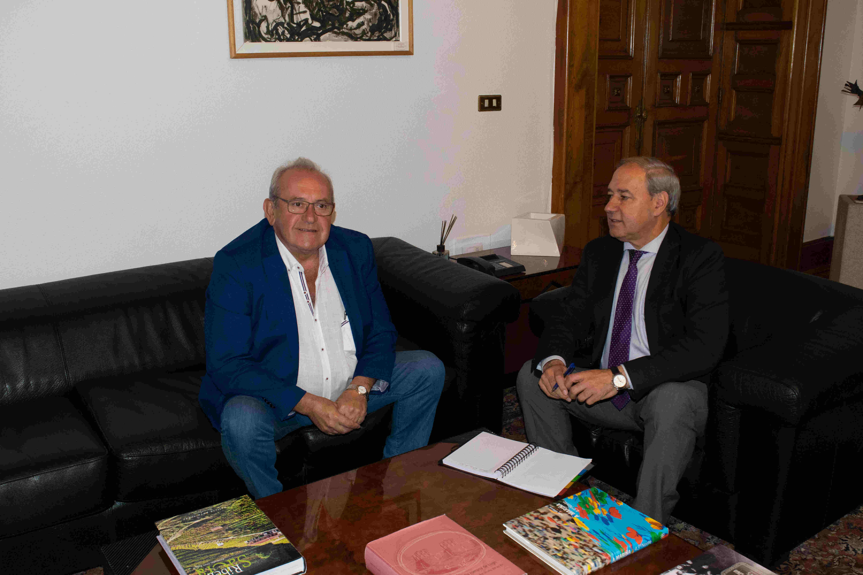 Reunión Presidente - Alcalde Ribas de Sil