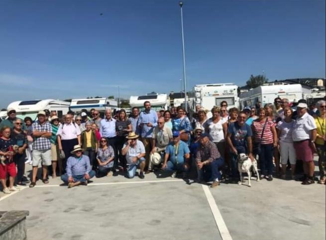 Inauguración área de autocaravanas de Meira